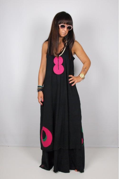 Φόρεμα με απλικέ πουά παράσταση