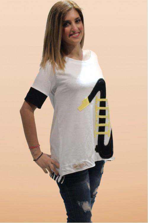 Μπλούζα με απλικέ παράσταση σαξόφωνο